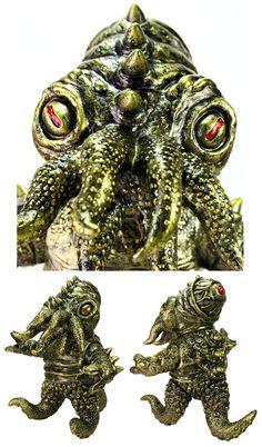 NEW POST: Gold Kaiju TriPus (2.0) PRE ORDER from Max Toy Co. #Kaiju #MarkNagata #MaxToyCompany #Monster #Sofubi