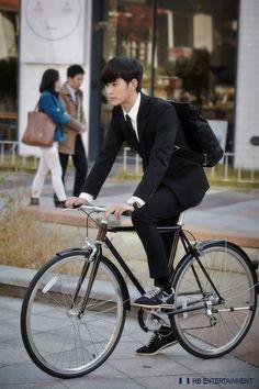 "Kim Soo Hyun 김수현 [ Upcoming drama "" It's okey to not be okay"" ] Kim Woo Bin, Korean Celebrities, Korean Actors, Korean Dramas, Handsome Celebrities, Asian Actors, Dandy, My Love From Another Star, K Drama"