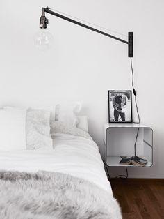 Binnenkijken in een minimalistisch zwart-wit appartement / www.woonblog.be