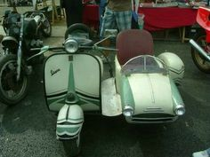 Vespa with side car (literally)