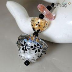 "TRIZAS-ORIGINAL  Handmade lampwork pendant bead  - ""black flowers"" TOS0319 SRA…"