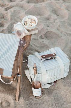 Beach Tent, Beach Umbrella, Beach Picnic, Summer Picnic, Beach Aesthetic, Summer Aesthetic, Glacier, Summer Set, Picnic In The Park