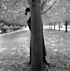 RODNEY SMITH Rodney Smith, New York Photographers, Best Portraits, Black And White Pictures, Photos, Photographs, Tree Of Life, Art World, Lens