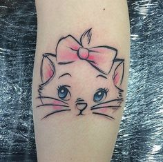 Tatuajes de gatos 6 Small Quote Tattoos, Small Tattoos With Meaning, Small Tattoos For Guys, Cute Cat Tattoo, Get A Tattoo, Tattoo Care, Wrist Tattoo, Unique Tattoos, New Tattoos