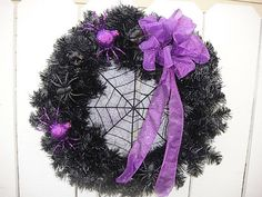 Halloween Wreath With Spiders And Large Spider Web by donnahubbard Halloween Deco Mesh, Halloween Spider, Halloween Fun, Halloween Decorations, Large Spiders, Haunted House Party, Deco Mesh Wreaths, Handmade Gifts, Cute