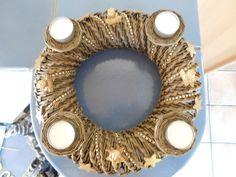 Adventskranz - Adventskranz aus Zeitungspapierrollen, gold - ein Designerstück von kre-v-ativ bei DaWanda