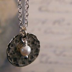 Hammered sterling and pearl disc pendant necklace