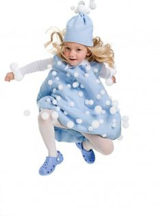 Get ready for a winter wonderland - make your little one a snowball! Click through for a how-to!