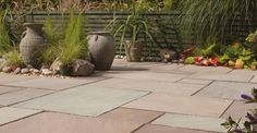 YourHome - DIY - Prepare your patio for long summer lunches