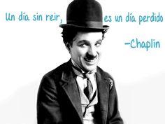 Disfruta cada día #feliz #quote #cita #capitaloffice