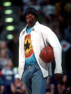 Tie Up Shirt, Tie Dye T Shirts, Denis Rodman, Mtv Movie Awards, Acid Wash Jeans, 90s Fashion, Casual Looks, Basketball, Vintage