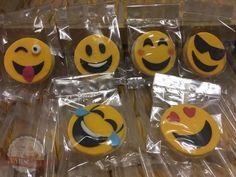 Such fun cookies! Visit my page for more photos of these 400 cookies I made. Fondant Cookies, Fun Cookies, Emoji, Photos, Heidelberg, Pictures, The Emoji, Emoticon