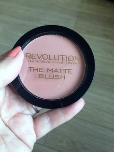 Makeup Revolution Matte Blush \Nude\ (pale pink blush)