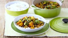 Use a variety of vegetables to make this wholesome curry served with basmati rice. Romantic Meals, Romantic Recipes, South African Recipes, Ethnic Recipes, Beans Curry, Fish And Chicken, Cooking Classes, Stew, Food Porn