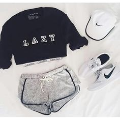 Amazing Workout Clothes Outfits to impress and progress - Outdoor Click Fashion Mode, Look Fashion, Teen Fashion, Fashion Outfits, Hipster Fashion, Hipster Clothing, Lazy Day Outfits, Mode Outfits, Casual Outfits