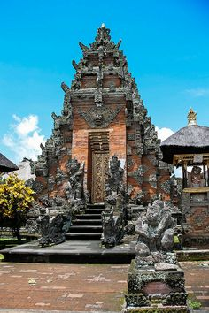 Pura Penataran Agung - Sukawati, Bali, Indonesia