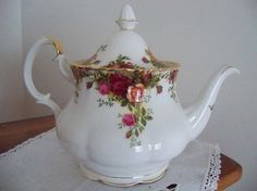Vintage Royal Albert Old Country Roses by YorkshireTeaCupShop