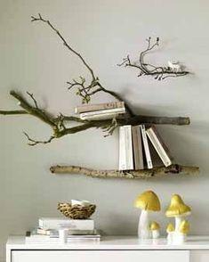Galhos de árvore como prateleiras para sua casa? Sustentabilidade e design caminhando juntos.