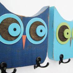 Owl coat rack