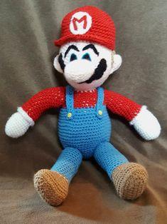 Crochet Mario - Free Pattern - Off The Hook - Hooks and Dragons Super Mario Free, Crochet Super Mario, Crochet Hook Set, Cute Crochet, Crochet Granny, Easy Crochet, Crochet Amigurumi Free Patterns, Crochet Toys, Crochet Crafts