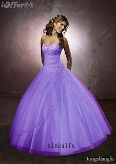 Sweet purple wedding dress: This would be if I wanted to go completely purple @Melissa Squires Reyes
