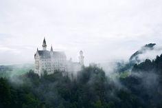 Neuschwanstein castle (by caitlindsey)