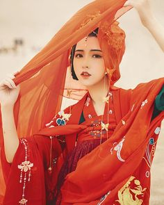 (圖片來自#weibo) #漢服 #中華 #中國風 #hanfu #china #chinesestyle #traditional #culture #art #pretty #dress #makeup #chinesemakeup