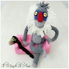 Rafiki sta aspettando il suo nuovo padroncino !!! #rafiki #ilreleone #thelionking #hakunamatata #thecircleoflife #amigurumi #handmade #crochet #fattoamano #uncinetto #pupazzo #puppet