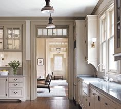 Interior Designer Victoria Hagan is the best blending classical elements into modern designs. Her hallmark is bringing harmony to any room through her sophistic Home, Home Kitchens, Kitchen Remodel, Kitchen Design, Kitchen Inspirations, Veranda Interiors, Victoria Hagan, Interior Designers, House