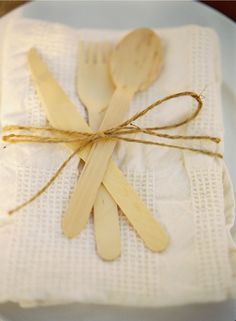 Wood/Bamboo disposable flatware, great idea