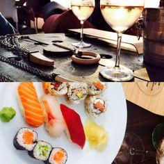 ¡Por fin es jueves! Hoy toca vino y sushi en la playa viendo atardecer.