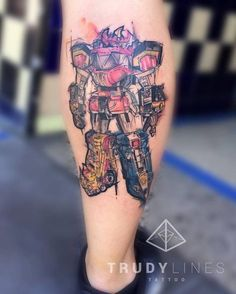 Sketch work tattoo on the calf of the robot of the Power Rangers. Piercing Tattoo, I Tattoo, Power Rangers Tattoo, Fandom Tattoos, Upper Arm Tattoos, Tattoo Designs, Tattoo Ideas, Different Tattoos, Mighty Morphin Power Rangers