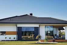 Dom w bodziszkach Bungalow House Design, Modern House Design, Design Case, House Plans, Farmhouse, Outdoor Decor, Projects, Zimbabwe, Home Decor