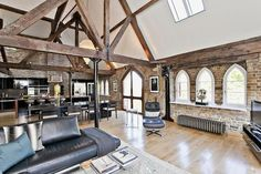 Love the historic details! http://www.zoopla.co.uk/for-sale/details/15604714