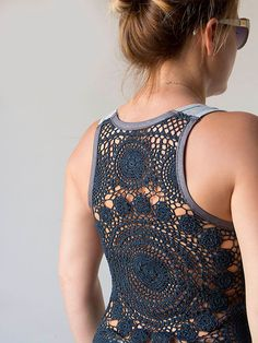 DIY: tank with crochet or lace back.wish I knew how to crochet Diy Clothing, Sewing Clothes, Crochet Clothes, Clothes Refashion, Moda Crochet, Crochet Lace, Free Crochet, Fashion Bubbles, Do It Yourself Fashion