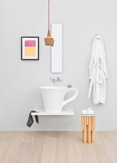 Waschbecken als überdimensionalle Teetasse in Weiß