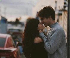 •Pinterest : V E E • Elegant romance, cute couple, relationship goals, prom, kiss, love, tumblr, grunge, hipster, aesthetic, boyfriend, girlfriend, teen couple, young love image