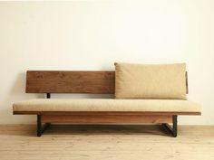 Veja nossa incrível seleção com 50 fotos de modelos de sofás de madeiras lindos e inspiradores. Confira!