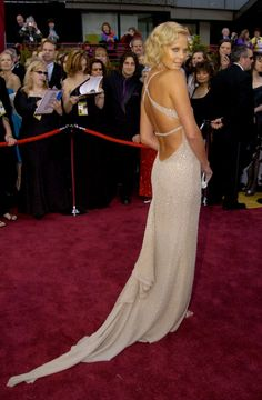 The 30 Best Oscars Dresses of all Time | StyleCaster