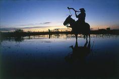 Homem Pantaneiro durante a cheia, Pantanal Sul, Mato Grosso do Sul