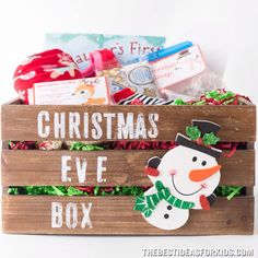 Christmas Eve Box - This Is Such A Great Idea ; heiligabend box - das ist so eine tolle idee Christmas Eve Box - This Is Such A Great Idea ; Christmas Activities, Christmas Projects, Holiday Fun, Christmas Time, Magical Christmas, Cheap Christmas, Christmas Morning, Family Christmas Traditions, Holiday Ideas