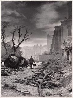 Edward Falkowski, Idzie Nowe, 1949