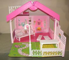 """Barbie 1992 fold and fun dollhouse! This thing was such a PAIN IN THE ASS TO """"FOLD"""" AWAY!"""