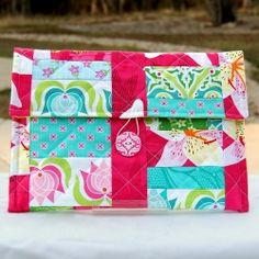 Tutorial with step by step directions to make your own quilted tablet cover.