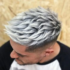 Discover latest mens hair color trends and colouring ideas for Learn from hair color guide that features the hottest men hair color tips & hacks. Mens Hair Colour, Hot Hair Colors, Hair Color Dark, Hair Color Highlights, Hair Color Balayage, White Highlights, Bart Styles, Trendy Hairstyles, Blonde Hairstyles