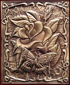 "PLACA DECORATIVA ""MOTHER'S DAY"" - Repujado em latão. by Mirian Keller"