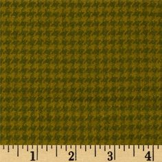 Cozy Yarn Dye Flannel Mini Houndstooth Green from @fabricdotcom  This ultra soft flannel fabric is perfect for shirts, loungewear and blankets. It is double napped and yarn dyed with colors of lime and green.
