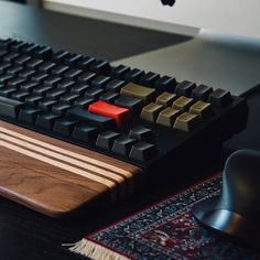 My WASD v2 and George Made wrist rest