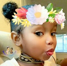 Baby girl is adorable Cute Little Girls, Little Babies, Cute Kids, Cute Babies, Baby Kids, Baby Baby, Beautiful Black Babies, Beautiful Children, Pelo Afro