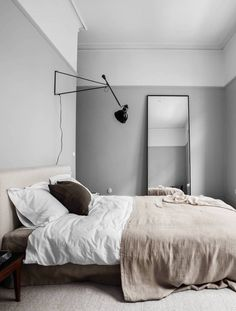 Home Interior Warm .Home Interior Warm Light Gray Bedroom, Gray Bedroom Walls, Grey Bedrooms, Master Bedrooms, Minimalist Bedroom, Modern Bedroom, Bedroom Rustic, Home Decor Bedroom, Living Room Decor